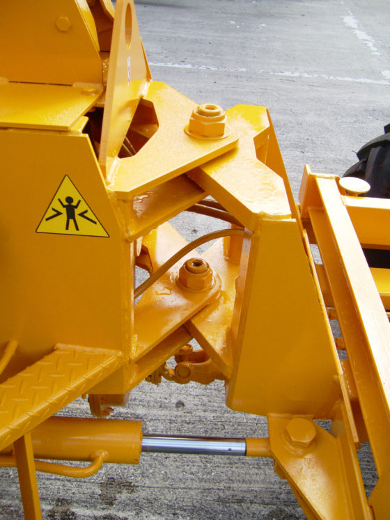 WINGET 4B2000 HD (HIGH DISCHARGE SKIP) ARTICULATION AND STEERING JOINT