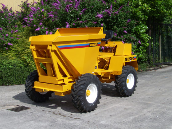 WINGET 4B2000 HD HIGH DISCHARGE SKIP PARKED