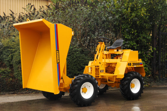WINGET 4B2000 HT (LOW DISCHARGE SKIP) TIPPED